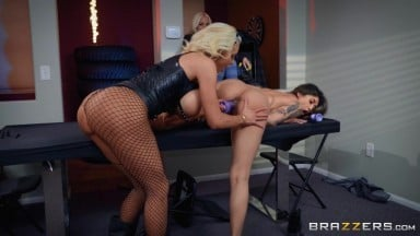 Brenna Sparks & Nicolette Shea in Harlots Of Hell - BRAZZERS
