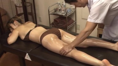 Masseur secretly fucked with hot wife beside her husband