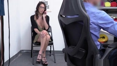 MILF Dava spread legs for officer Ryan to fuck until he cums inside her