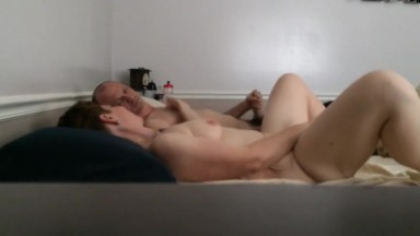 Hiddencam - I orgasm and fuck in multiple positions