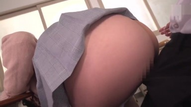MIAA-127 This Horny Beautiful Young Girl In Uniform Is Begging for some