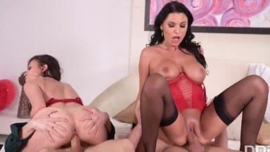 Two Sluts In Stockings And Corsets Gave Their Friends A Group Sex With With Verona Sky, Ania Kinski And Vince Karter