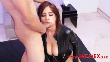Analia Anal Sex To Her Fans