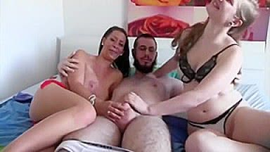 A Woman Offers Herself To A Couple For An Amateur Threesome With Julia 18darf